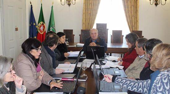 Executivo Municipal aprova orçamento de 17,6 milhões de euros para 2016