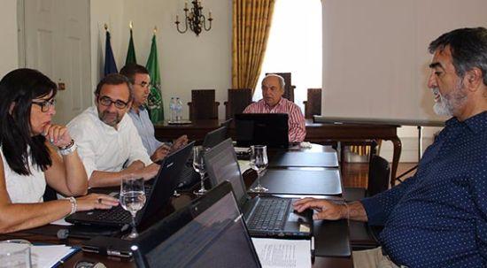Câmara transfere mais de 94 mil euros para três juntas de freguesia