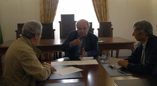 Câmara e GIR assinam protocolo que permite reativação do Cineteatro da Pampilhosa
