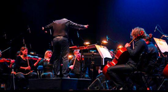 Orquestra Filarmonia das Beiras e Mário Laginha em concerto de ano novo no Cineteatro Messias