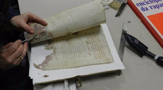 Arquivo Municipal da Mealhada realiza curso de encadernação e restauro de livros