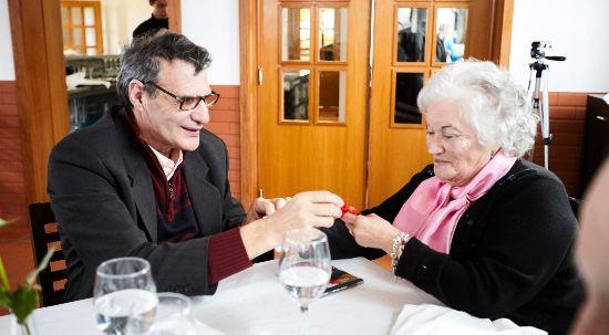 Utentes das IPSS comemoram Dia de São Valentim em almoço oferecido pela autarquia