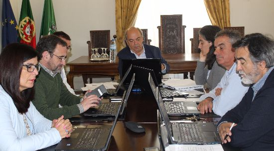 Câmara aprova protocolo para requalificação do acesso ao cemitério da Pampilhosa