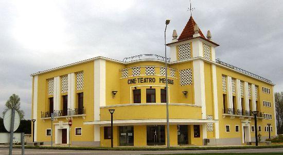 Câmara da Mealhada convida Bombeiros para cinema