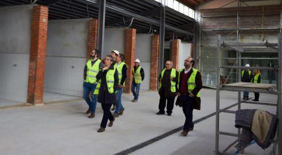 Executivo visita obras em fase de acabamento