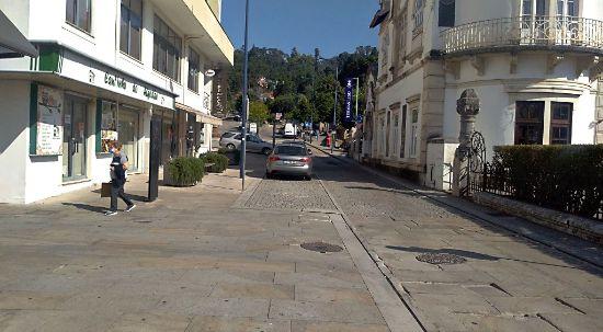 Reparação da Rua Emídio Navarro começa segunda-feira