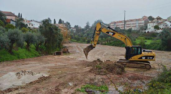 Já começou obra do Parque de Estacionamento de Vale dos Castanheiros no Luso