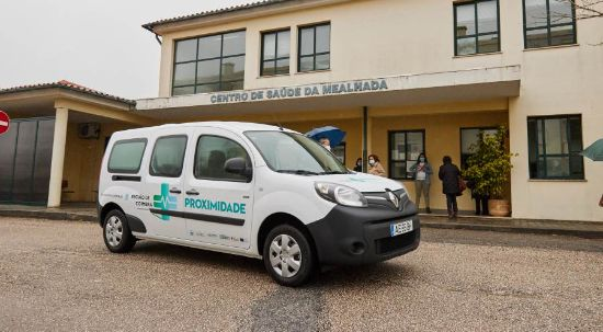 Câmara entrega Unidade Móvel de Saúde aos Centros de Saúde da Mealhada e da Pampilhosa