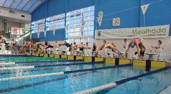 """Câmara adere ao programa """"Portugal a Nadar"""""""