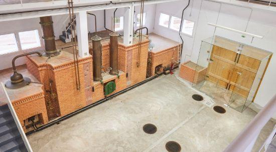 Câmara coloca a concurso direito de exploração da Antiga Destilaria do Instituto da Vinha e do Vinho