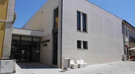 """Biblioteca Municipal recebe apresentação do livro """"A Estaca na Água"""" de António Breda Carvalho"""