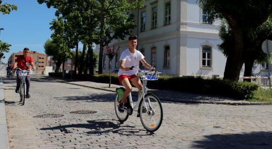 Alunos do secundário e profissional testam Sistema de Bicicletas Partilhadas da Mealhada