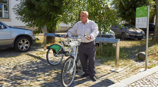 "Sistema de bicicleta partilhada ""BipeBipe"" já está ao dispor da comunidade"