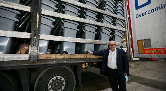 Câmara distribui quatro mil ecopontos gratuitos para dar início à recolha de resíduos porta-a-porta