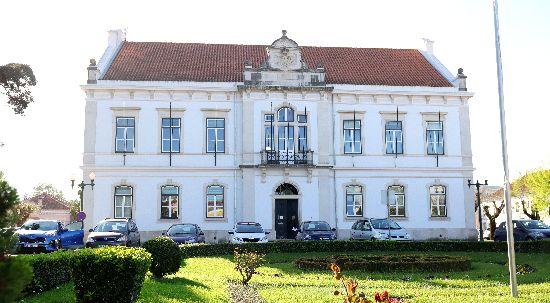 Câmara da Mealhada atribui 110 mil euros para obras e eventos desportivos locais