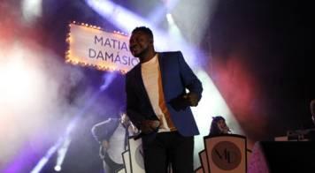 Festame encerra com enchente para ouvir e cantar com Matias Damásio
