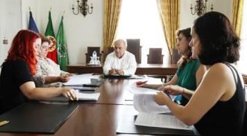 Câmara assina protocolo para esterilização de animais errantes
