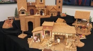 Miniaturas em cortiça em exposição no município