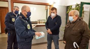 Câmara distribui máscaras cirúrgicas e aprova apoios a micro e pequenas empresas